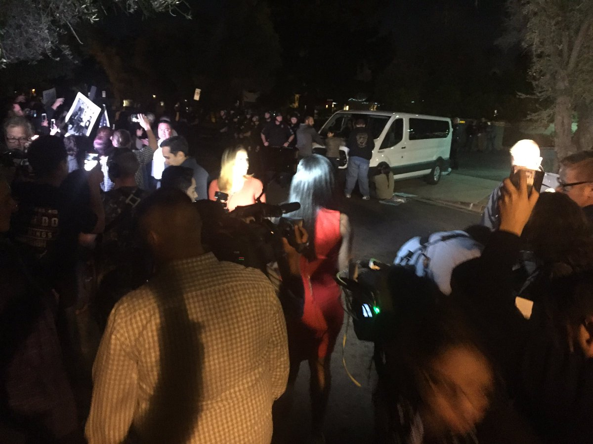 Protesters against deportation of Arizona woman