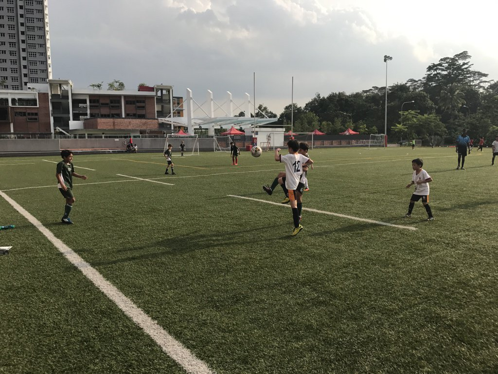 ACSIS U11 Soccer ⚽️ @ISSsingapore 2-0 @UWCSEA_East 🥅 Jake (2)  #isspride https://t.co/ZwR0ujC4kN