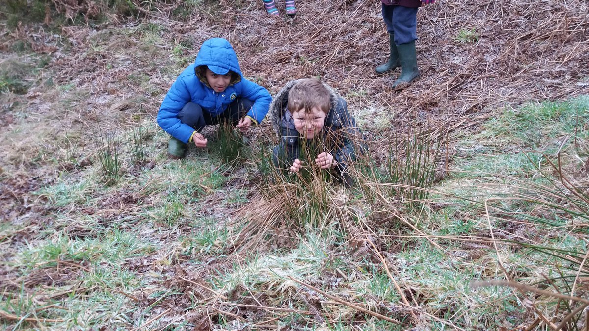 #Forestschools Going on a Bear Hunt <br>http://pic.twitter.com/u95tGZLGiA