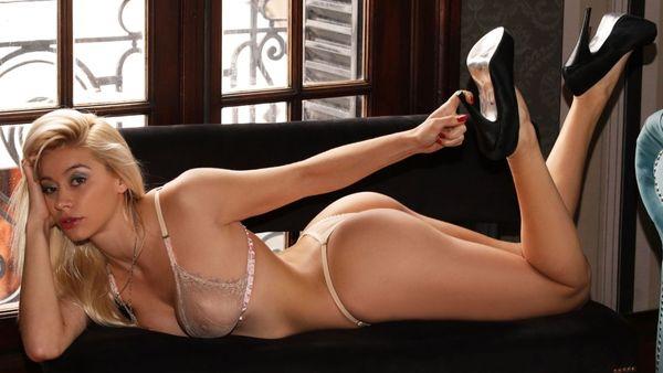 Ana paula melo has a hot lesbian experience - 3 part 9