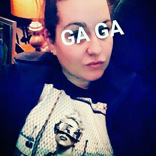 Broke out an oldie but goodie @ladygaga  for #SB51 #oldschool #gaga #gagavision #joanne  #ladygaga #gagafever #Telephonepic.twitter.com/WV2nWjBeyE