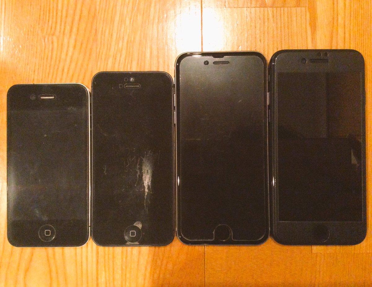 モノを捨てるのが苦手な僕は、過去のiPhoneは下取りに出さずに保管しておきたい派。左からiPhon…