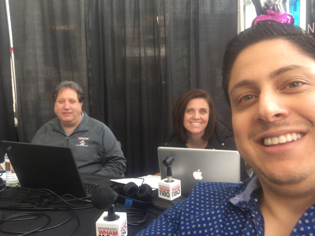 Going LIVE on @WHAM1180 for #DriveForMiracles at @URMed_GCH till 6pm!  (585)241-KIDS https://t.co/1FVKvNuGsS