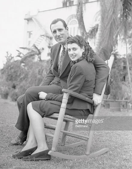 #OTD in 1946 Hank Greenberg marries Caral Gimbel. Caral was was the daughter of the Gimbel family that owned Gimbels department stores (made infamous in 'Miracle on 34th Street') and an accomplished equestrian rider <br>http://pic.twitter.com/oICUsXp2RU