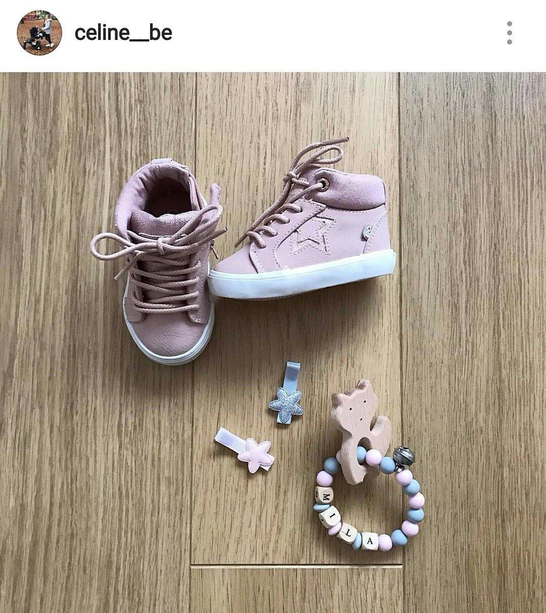 Le #babylook du jour de la petite Mila  #hochet #creation #handmade #faitmain #madeinfrance #rattle #mompreneur #baby #renard #fox #bébé<br>http://pic.twitter.com/LrHWlILF1r