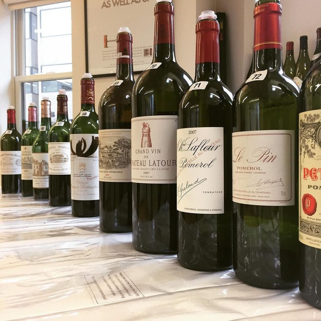 Just made it before #petrus #lepin &amp; #lafleur ran out at BI Wines &amp; Spirits #bordeaux #10y…  http:// ift.tt/2kTynuT  &nbsp;  <br>http://pic.twitter.com/jawd52tuL4