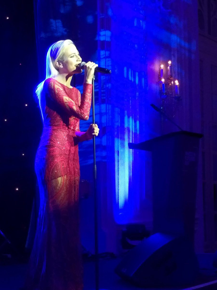 @PixieLott stellar performance @PrincesTrust #WeCanBeHeros #InvestInFutures2017<br>http://pic.twitter.com/oUEsIWKDDC