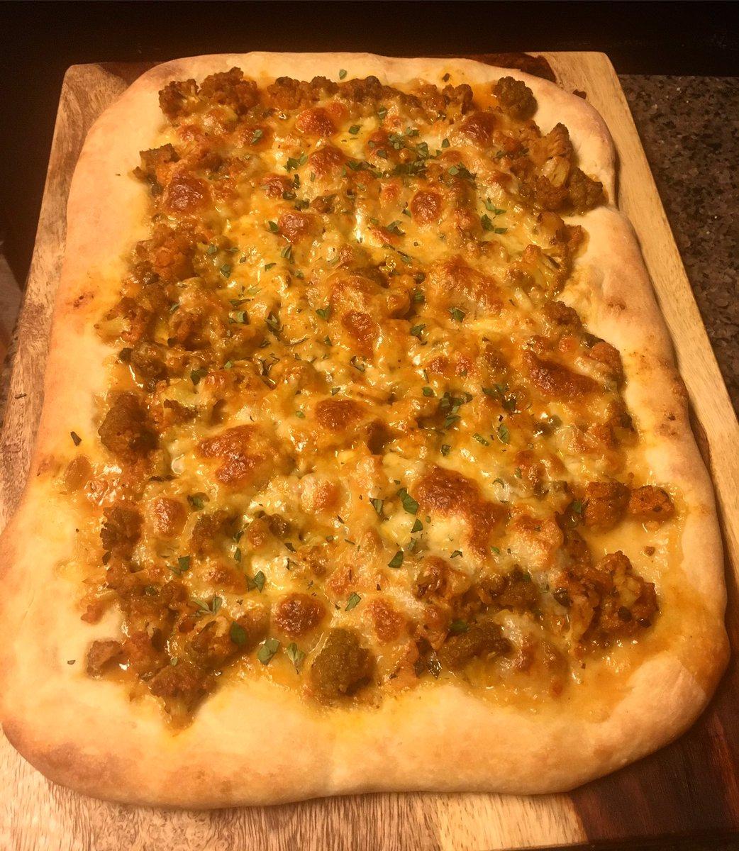 Blue apron cauliflower pizza -  On Twitter Sicilian Cauliflower Pizza With Fresh Mozzarella Capers Golden Raisins Oregano Moorekitchen Healthycooking Chefjes Blueapron