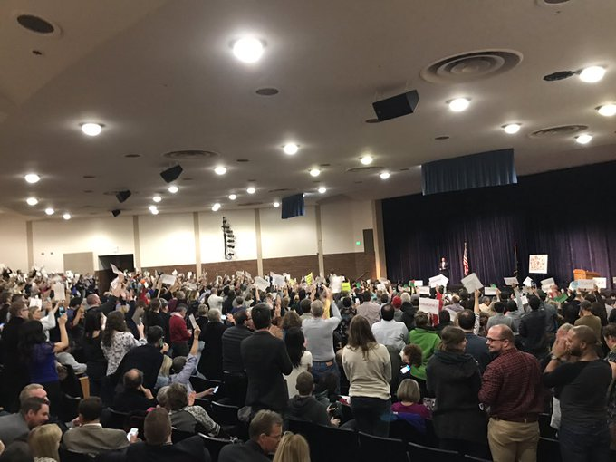 HUGE cheers -- then a  'do your job! ' chant -- whe #Chaffetzn  is asked why he's not conducting oversight on Trump to match Clinton's.