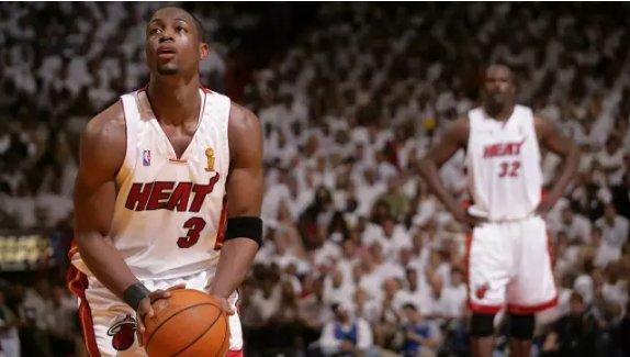 世界在他面前都是慢動作,閃電俠超神之戰!還原2006年的NBA冠軍賽(影)