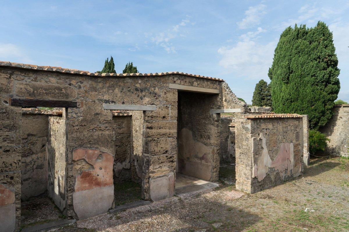 pompeii sites on twitter la casa del chirurgo la pi