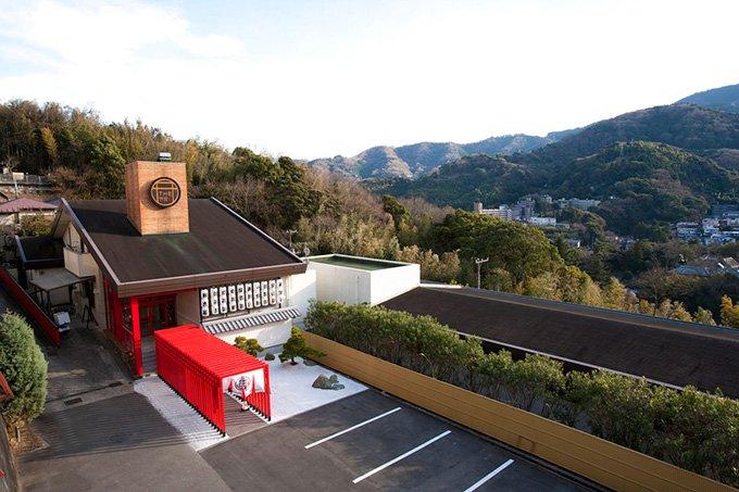 """""""人をダメにする""""温泉カフェ「Gensen Café」とは?神奈川・湯河原に今月末オープン fash…"""