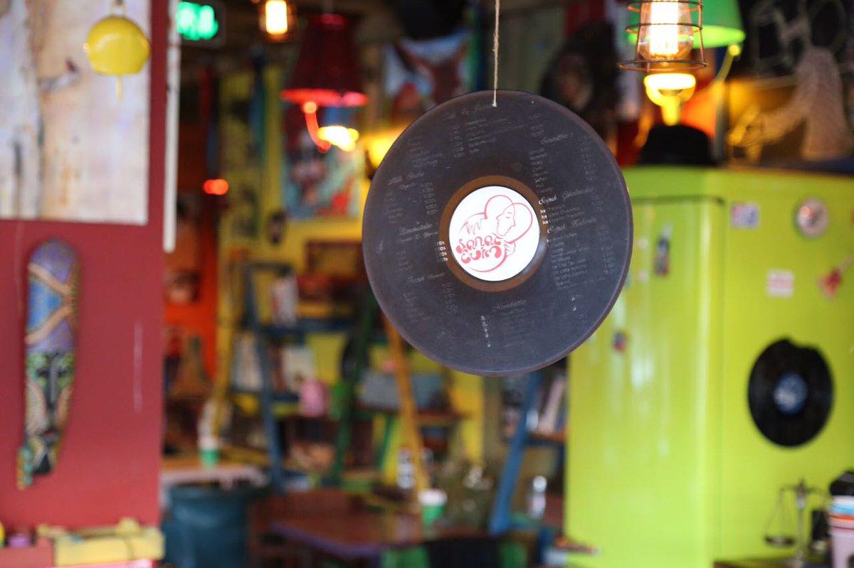 Bolca sevgi paylaştığımız bir Cuma günü😍❤ #sanattayiz #sanatevim #rotasizcafe #İstanbul #avcilar https://t.co/GwipWAT7ks