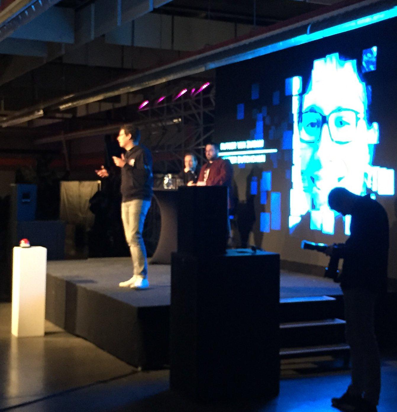 "Rutger (@rutgervz) at opening of the #dbh17 hackathon ""it's f#ing amazing"" https://t.co/b5Eg5oNkdx"