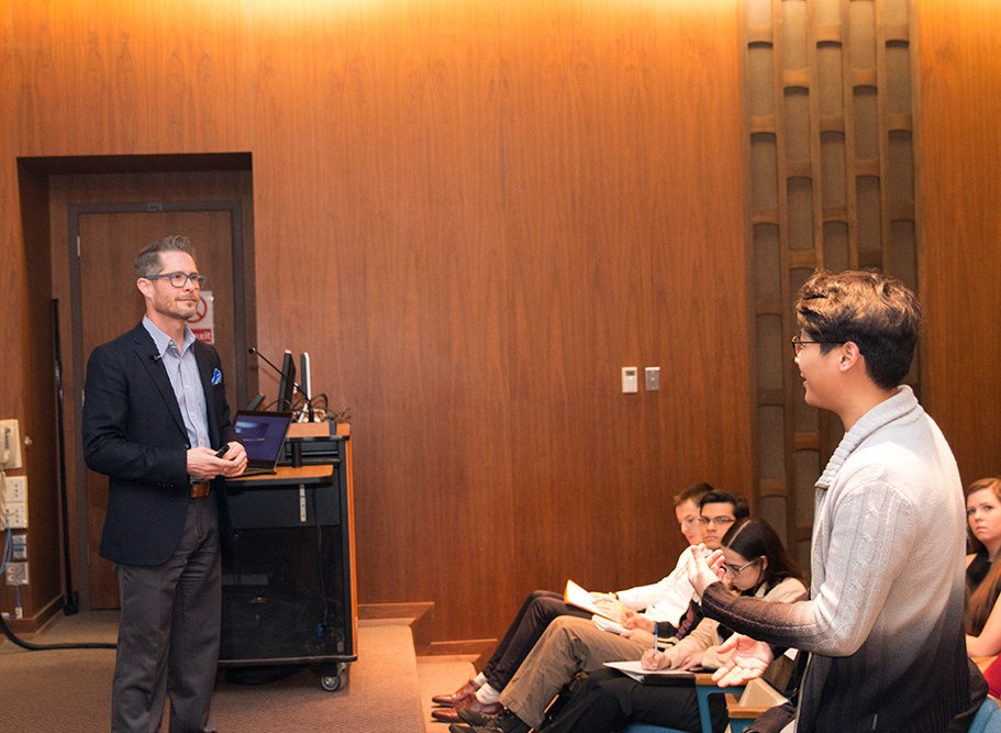 """Todd Wetzel @Convocations: """"Selecting a performance combines market analysis, audience segmentation, fundraising and sales."""" #KrannertForum https://t.co/2UVwtuYYjZ"""