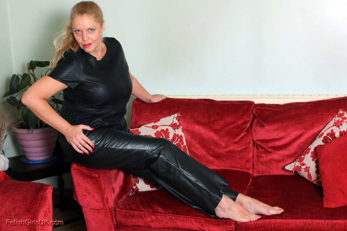 Milf leather trousers