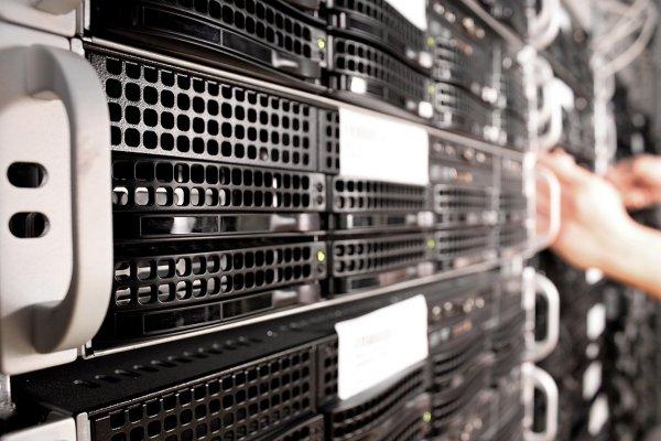 Выгода от приобретения б/у сервера из Европы