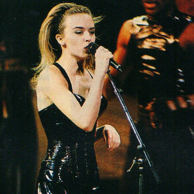 "@kylieminogue Happy 26th Birthday ""Rhythm of love"" tour ❤ https://t.co/B7ZYh0TFSB"