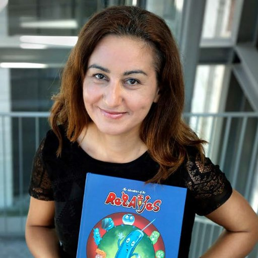 SusanNasif an #actuallivingscientist #virologist &Artist Creator of @virologycomics #Virology #Vaccines #Comics HAPPY INT #womeninscience D https://t.co/jfdlcl1KFE