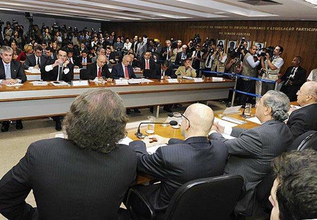 Leandro Colon | Sem Conselho de Ética sério, senadores se armam contra Lava Jato https://t.co/9eSAWHaYTx