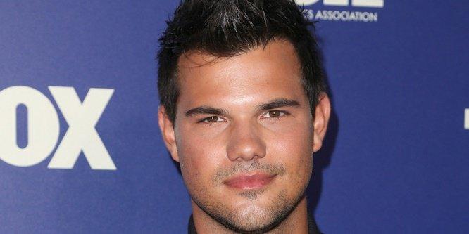 Happy 25th Birthday to Taylor Lautner!