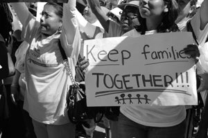 the effects of immigration on children and families Children in immigration detention include unaccompanied migrant children, children in families the impact of immigration detention on children.