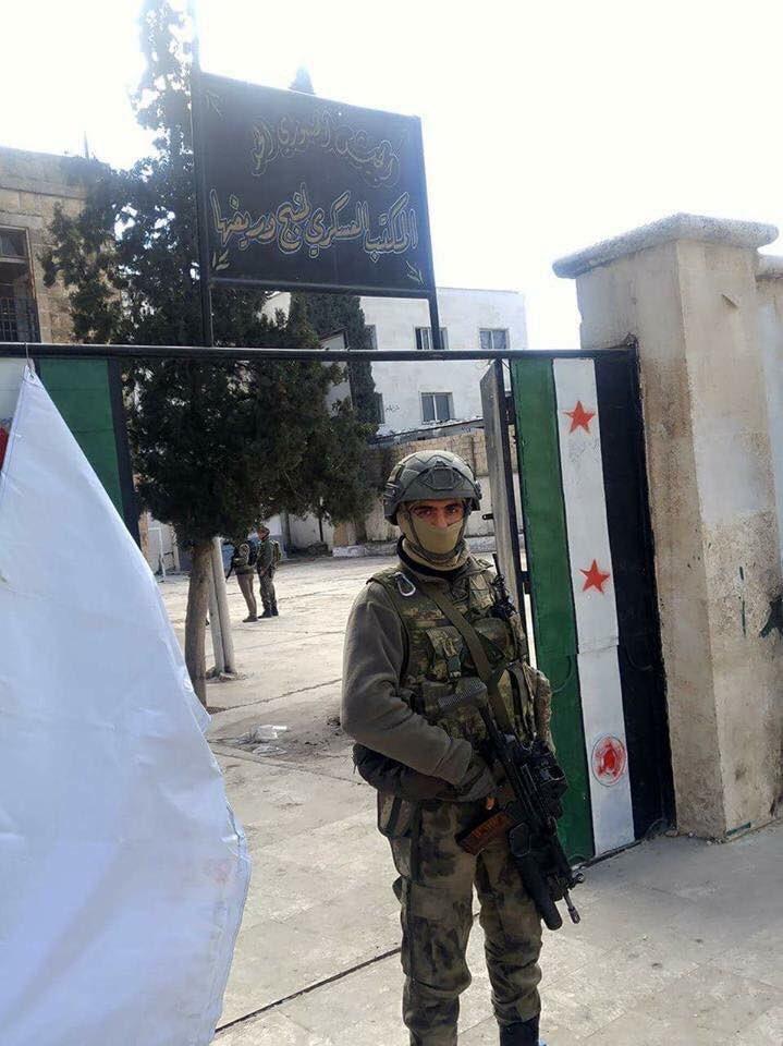 Guerre Civile en Syrie ( LISEZ LE PREMIER POST ! ) - Statut spécial  - - Page 38 C4Z1CiyWcAMNE0I
