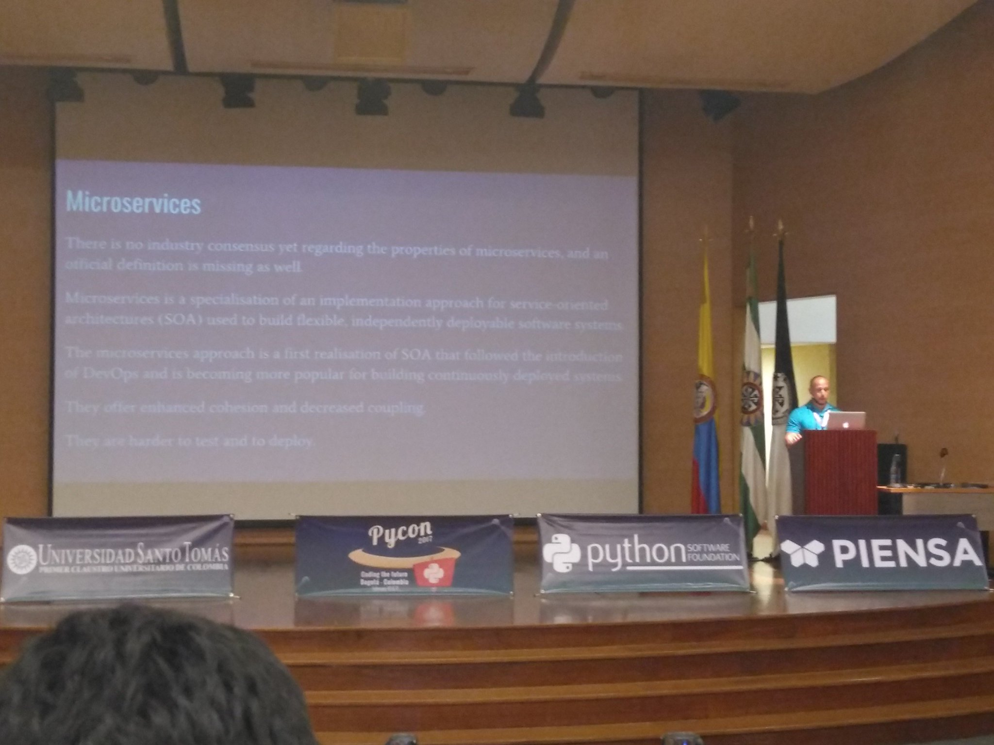 "Después de recargar energías viene Jorge Martínez con ""Pycon under AWS Serveless Application Model"" en el #PyConCo2017 @pyconcolombia https://t.co/3ZqG7Vdapj"