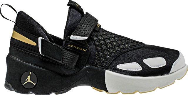 Air Jordan Trunner LX BHM Low Mens Lifestyle Shoe (Black Metallic Gold White 1c8309b55