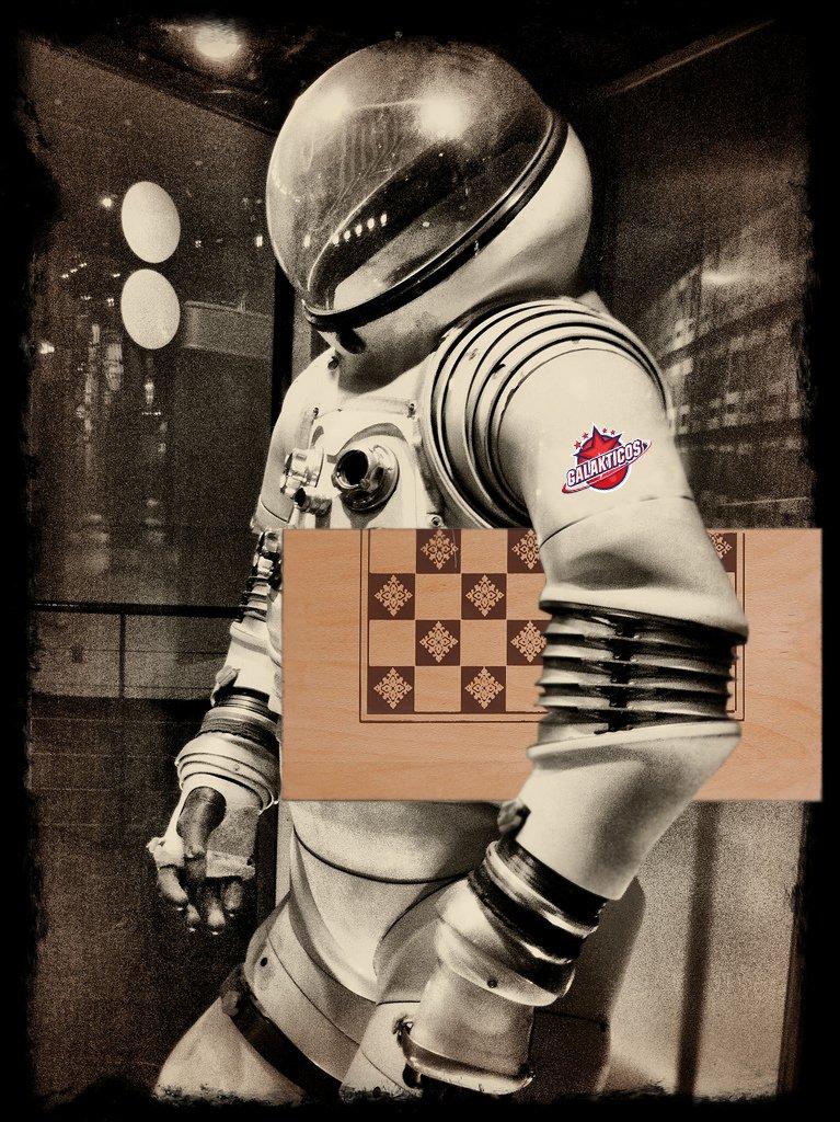 retro astronaut costume - 767×1024