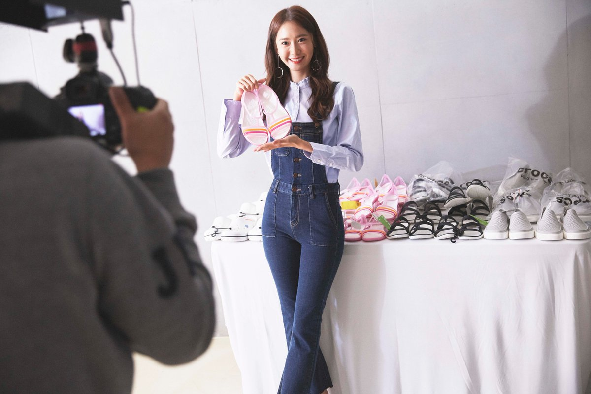 Check out exclusive behind-the-scenes content from our YOONA #ComeAsYouAre shoot. https://t.co/esgakU65XK https://t.co/UWhvGjoUAW