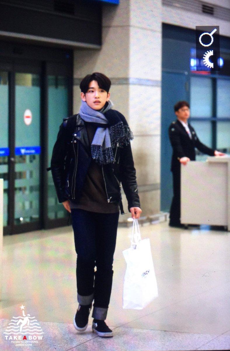 170219 인천공항 입국 진영❤️ #GOT7 #Jinyoung #갓세븐 #박진영 #눈발 ❄️ #인천공항모델_암아웃.....@jrjyp 😱😱
