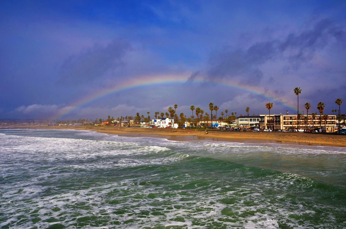 @RobMarciano skies cleared in San Diego this afternoon and this popped...