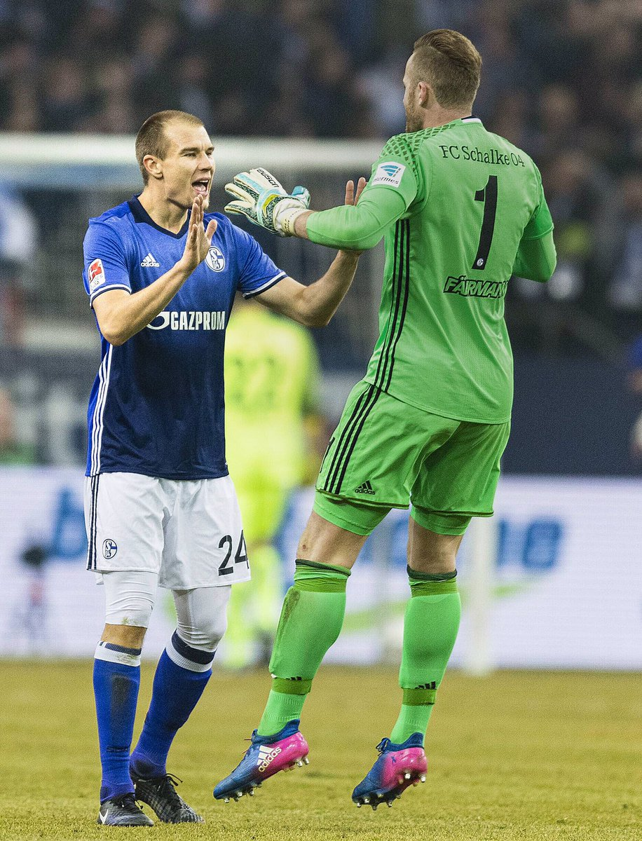 Fantastic atmosphere at my first home game with @s04_en - and a perfec...