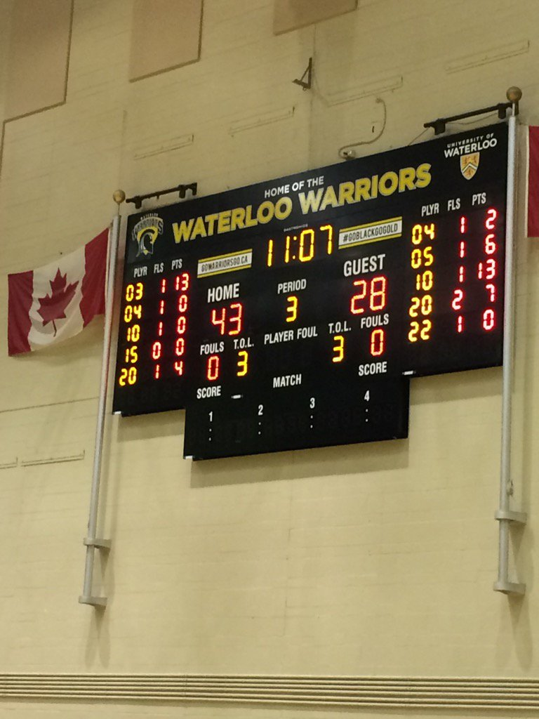 The @WlooWarriors are up at the half on #UWaterlooFAD #goblackgogold @uwaterlooalumni https://t.co/oBTbMWdBLD