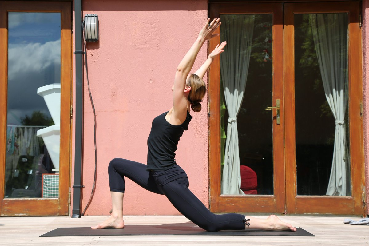 tu the yoga cho dui thon gon