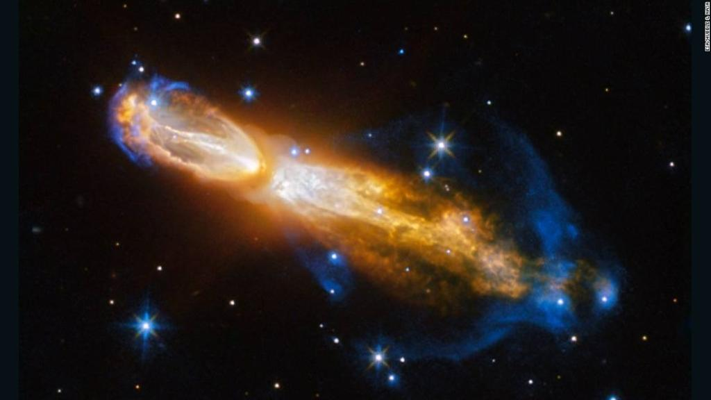 The Hubble Telescope captured the spectacular death of a star -- an event that has rarely been seen by astronomers https://t.co/aPz91ltGdZ
