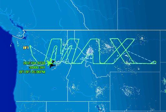 [Internacional] Em teste de autonomia, Boeing 787 'desenha' um avião no céu C4bSn-VVUAAdGNF
