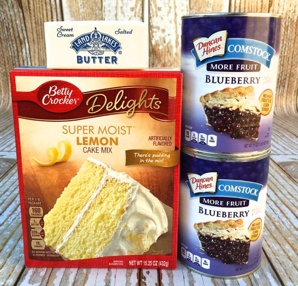 3 Ingredient Dump Cake Recipe! (Lemon Blueberry)