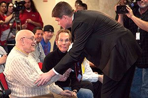 Been two years since we lost Coach #Tark. We miss him and honor his incredible life and career #Family #RIPTark https://t.co/GnhDmH2Xdt
