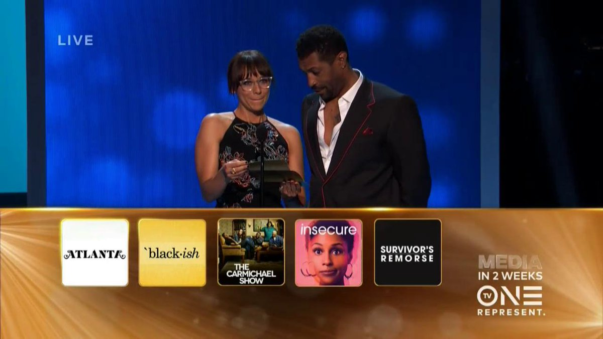 Yes! #Blackish takes the win for Outstanding Comedy series! #ImageAwar...