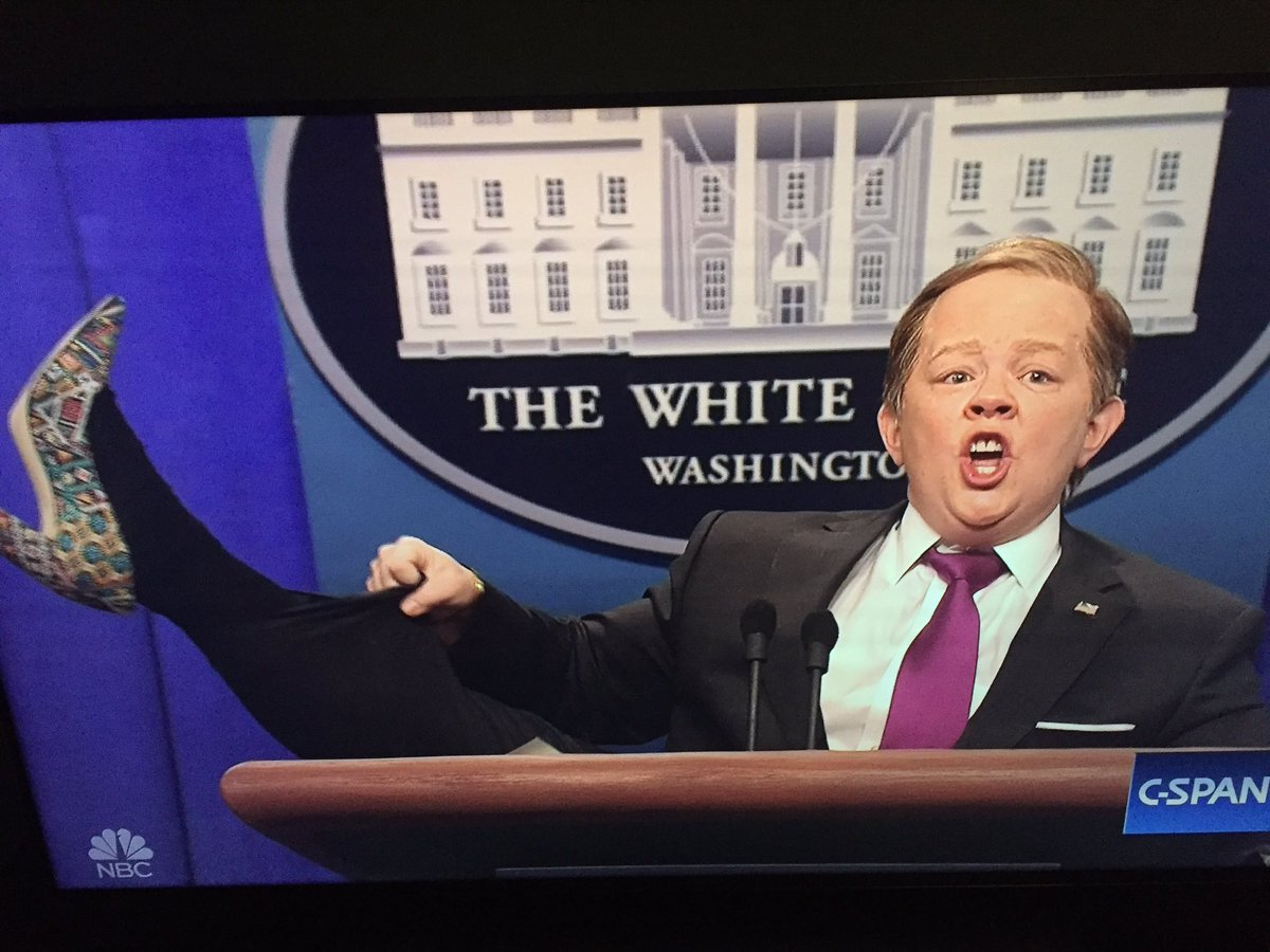 Sean Spicer is going to miss having a job. #SNL https://t.co/2mN0ELoLTr