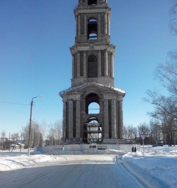 картинки про старинную колокольню в селе мошъюга другой стороны