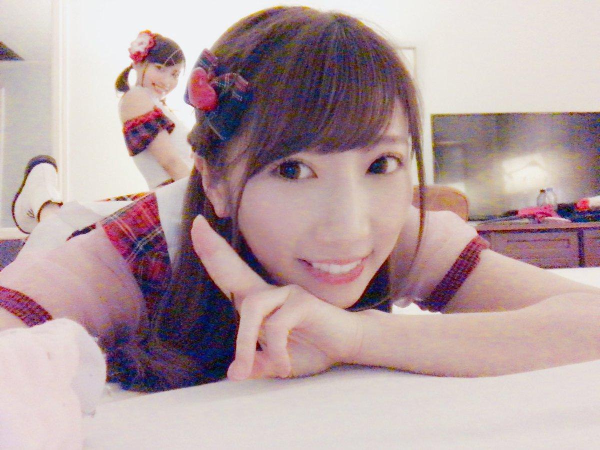 日本のみなさん深夜にごめんなさい(;_;)✨ 改めてタイの思い出話するね💕 みんなー!おやすみなさい…
