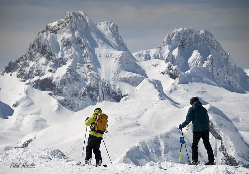 Pintor, poeta, esquiador...  Ricardo Montoro desde los #Pirineos comparte sus reflexiones y sus mágicas fotos ➡️https://t.co/J81WmScYAi
