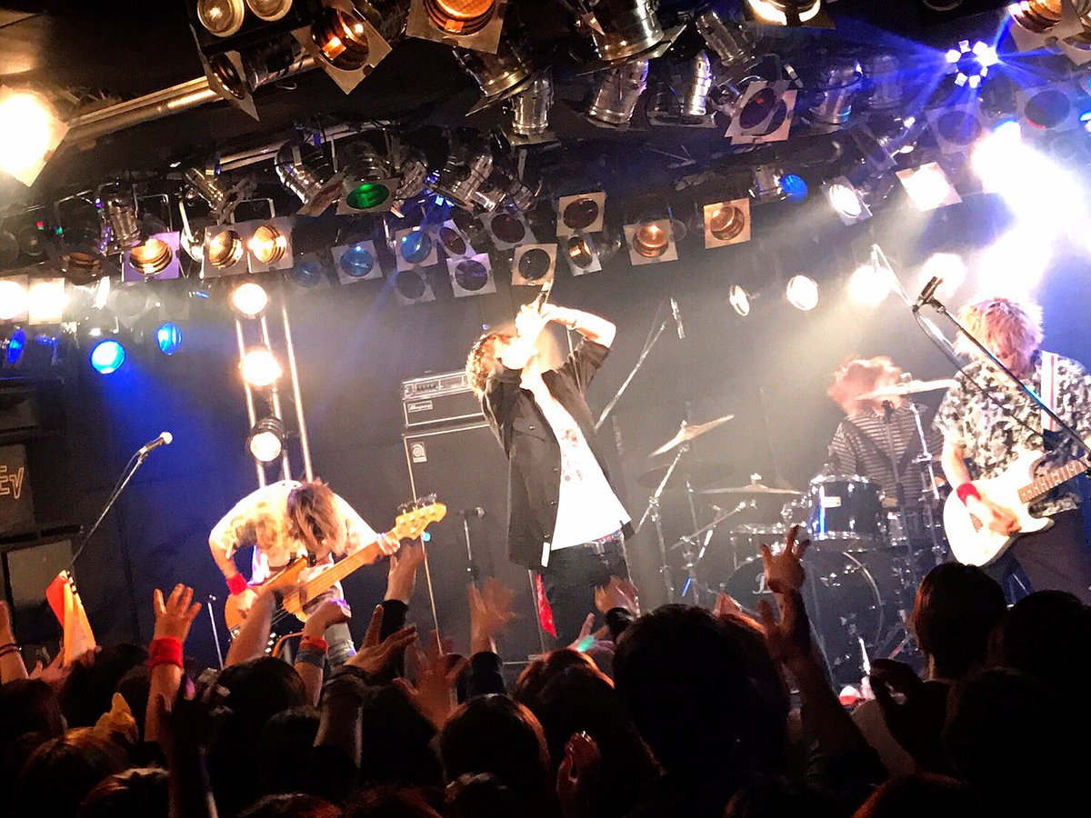 なんだよ長崎よすぎるだろ 昨日の青森から始まり47都道府県前に凄い力をもらえてる 長崎初ライブがこの…