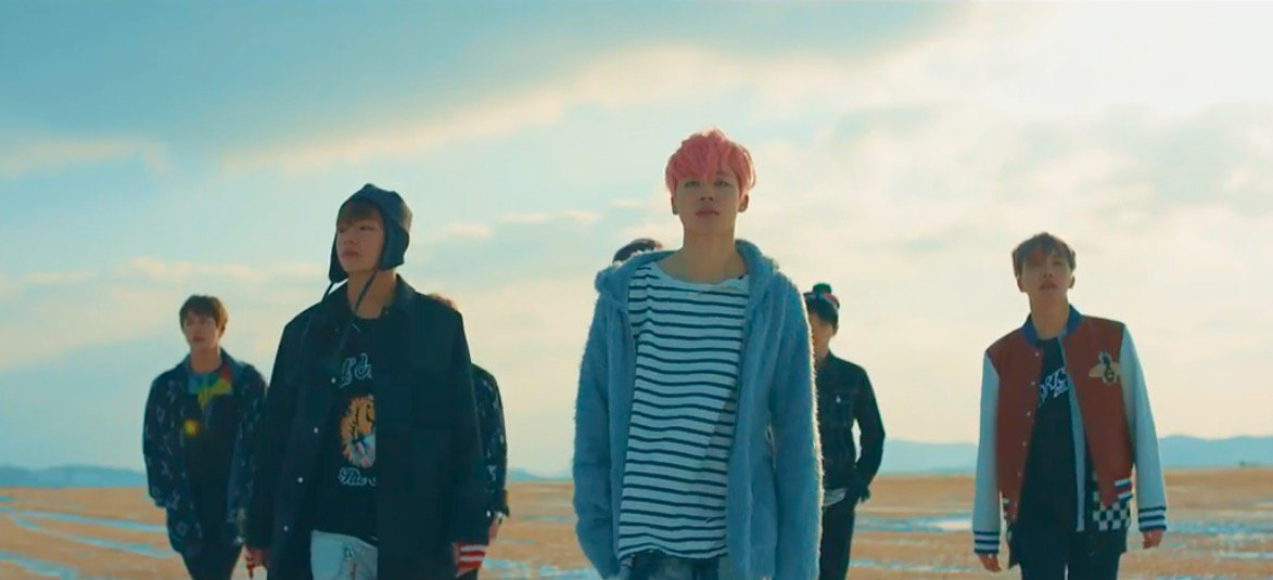 "#BTS Achieves All Kill With ""Spring Day,"" Sweeps Charts With ""#YouNeverWalkAlone"" https://t.co/dX2uh5METv https://t.co/9Pgj8of60P"