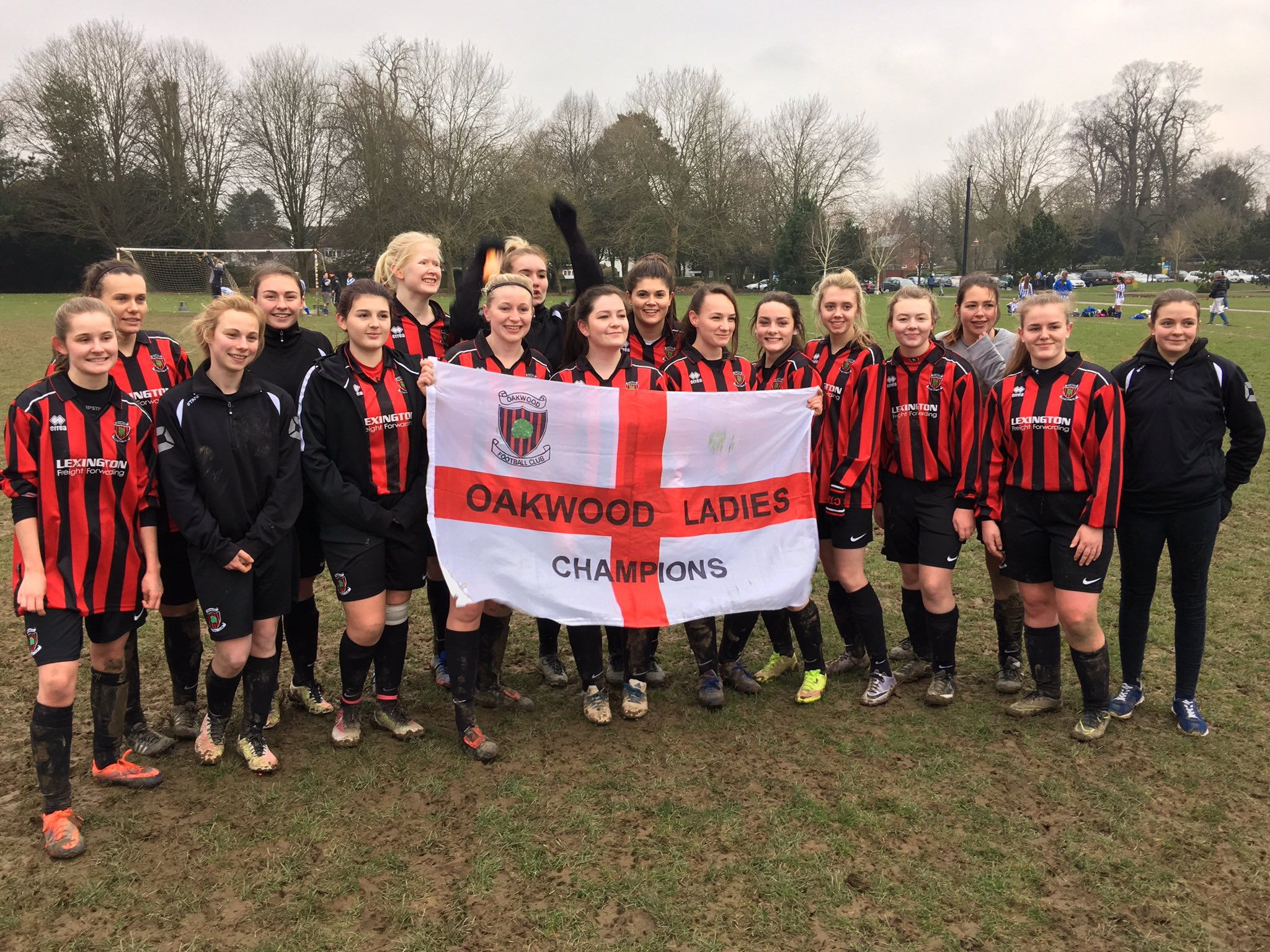 Oakwood celebrate clinching the Sussex County League title after beating Horsham Sparrows 5-0, Feb 12 2017 (Photo: Oakwood Ladies FC)