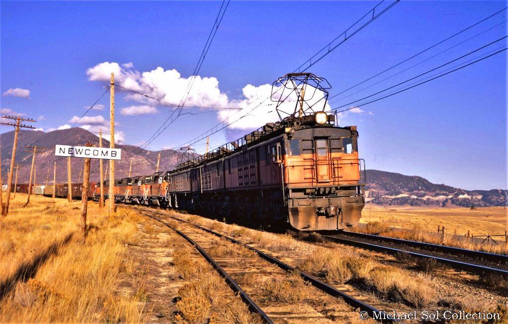 C4fr3JHWEAY10v0 - Electric Railroad through the Rockies