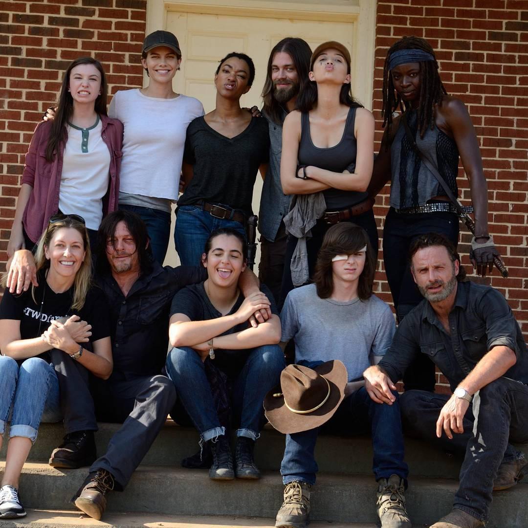The Walking Dead Temporada 7: Noticias,Fotos y Spoilers. - Página 5 C4ftosNWIAA3P8m